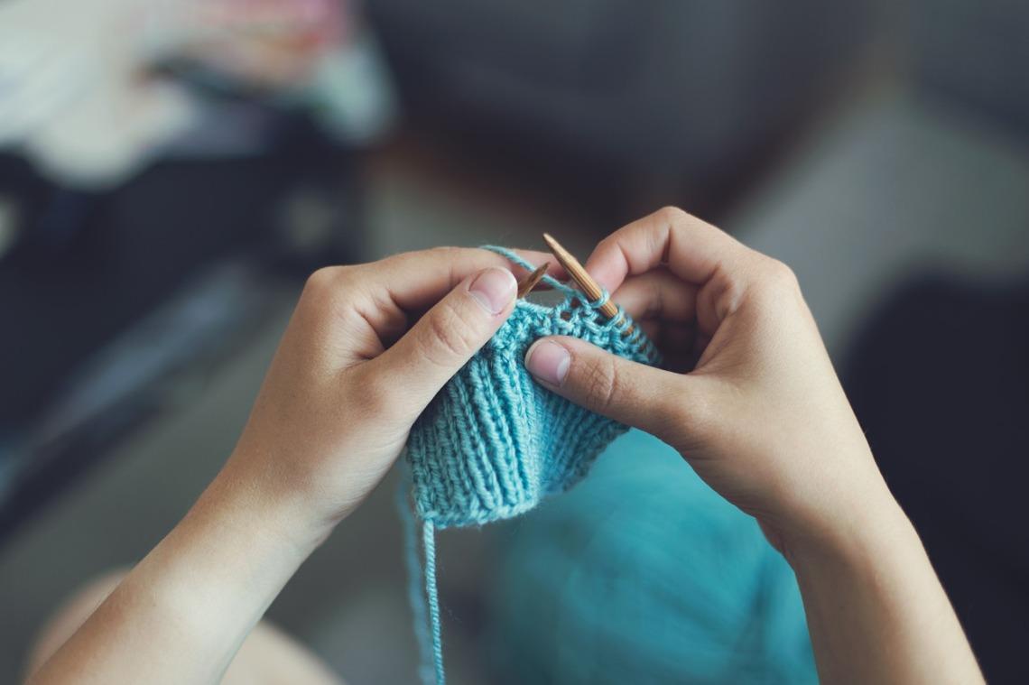 knit-869221_1280