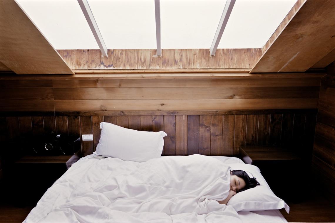 sleep-1209288_1280(2)